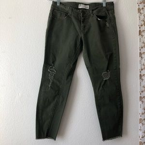 tillys hunter green RSQ distressed denim